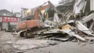 龙港综合执法局积极推进违章建筑拆除工作